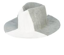 Laila hat