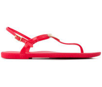 thong strap sandals