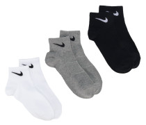 three-pack lightweight quarter socks