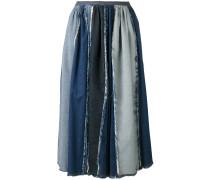 Jeansrock mit ausgefransten Kanten