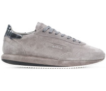 Wildleder-Sneakers mit flacher Sohle