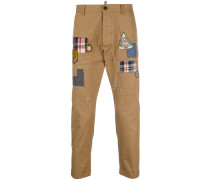 Cropped-Chino mit Patches