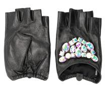 Handschuhe mit Steinen