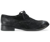 varnished toe oxford shoes