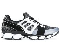 #Run sneakers
