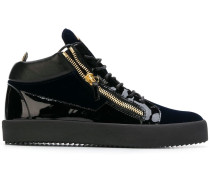 'Kriss Plus' Sneakers