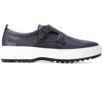 Sneakers mit Monk-Riemen
