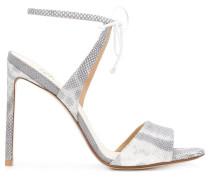 Sandalen mit Schleifenverschluss