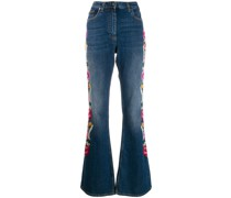 Ausgestellte Jeans mit Blumenstickerei