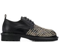 Derby-Schuhe mit Spinnennetz-Stickerei
