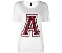Seiden-T-Shirt im College-Look