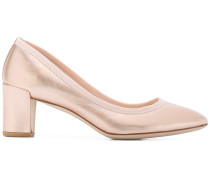 Pumps mit Metallic-Effekt