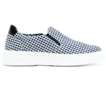 Slip-On-Sneakers mit Vichy-Karomuster