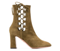 Stiefel mit Cut-Out