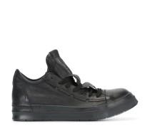Sneakers mit verdeckter Schnürung