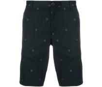 Shorts mit Blütenstickerei
