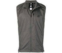 x UNDEFEATED running vest