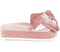 'Flamingo' Samtpantoletten mit Schleife