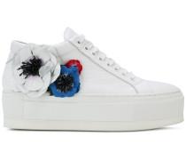 Sneakers mit Blumen-Applikationen