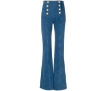 Ausgestellte Jeans mit Knopfdetails