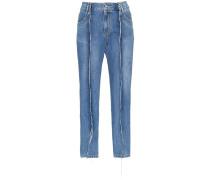 Jeans mit offenen Nähten