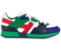 "Sneakers mit ""Grecca""-Motiv"