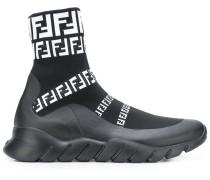 High-Top-Sneakers mit Logos