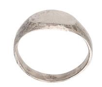 oval signet ring set