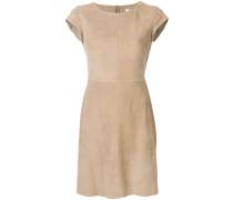 Kleid mit schmaler Passform