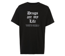 """T-Shirt mit """"Drugs Are My Life""""-Print"""
