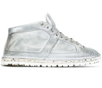 High-Top-Sneakers in Distressed-Optik