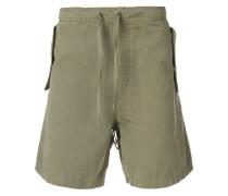 Shorts mit breiter Pattentasche