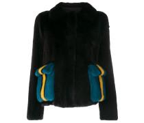 Jacke mit kontrastierenden Taschen