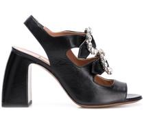Sandalen mit verzierter Schnalle
