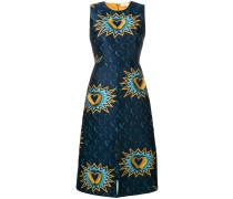 Kleid mit Fransenverzierungen