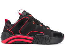 Sneakers mit Kontrastdetails