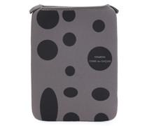 iPad-Hülle mit Punkten