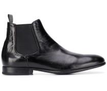 Stiefel mit elastischen Einsätze