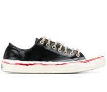 Bemalte Sneakers