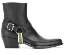 Strukturierte Stiefel