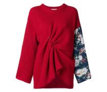 Drapierter Pullover mit floralen Ärmeln
