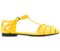 Sandalen mit T-förmigem Riemen