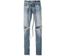 Jeans mit Bindegürtel