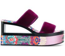 'Chinoise' Sandalen mit Plateausohle