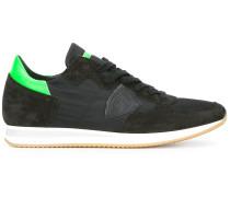 Sneakers mit neongrünem Einsatz