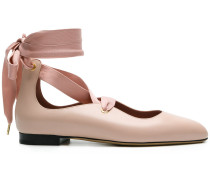 'Lavin' Ballerinas