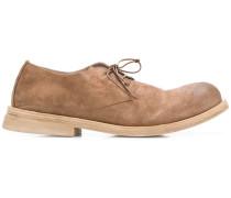 Derby-Schuhe mit gebogener Form