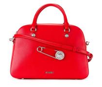 Handtasche mit Oversized-Sicherheitsnadel