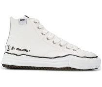 Sneakers mit Schnürung