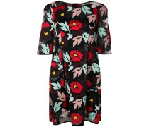 Kleid mit Blumenstickerei